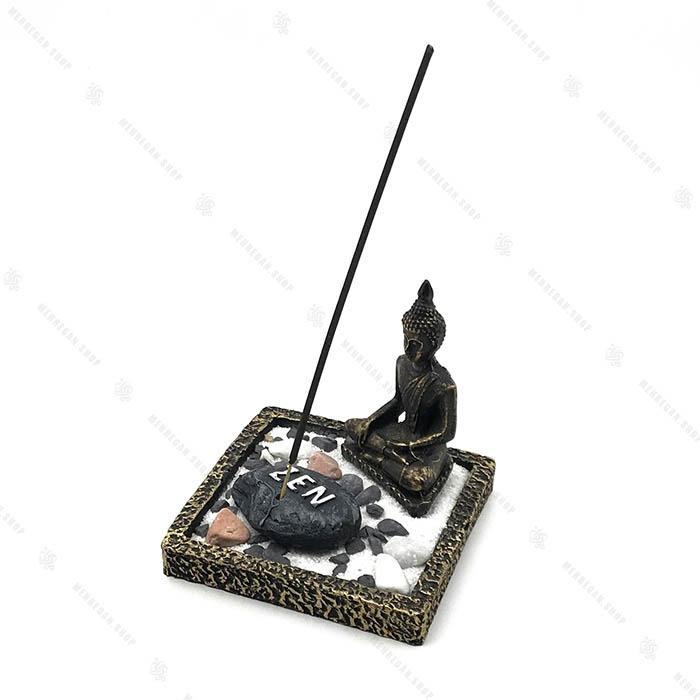 جاعودی فنگ شویی با مجسمه مشکی بودا و شن و سنگ