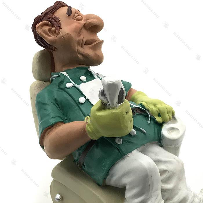 مجسمه دکوری رزین دندان پزشک