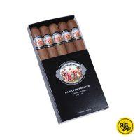 سیگار برگ Hamilton Robusto Luis Martinez