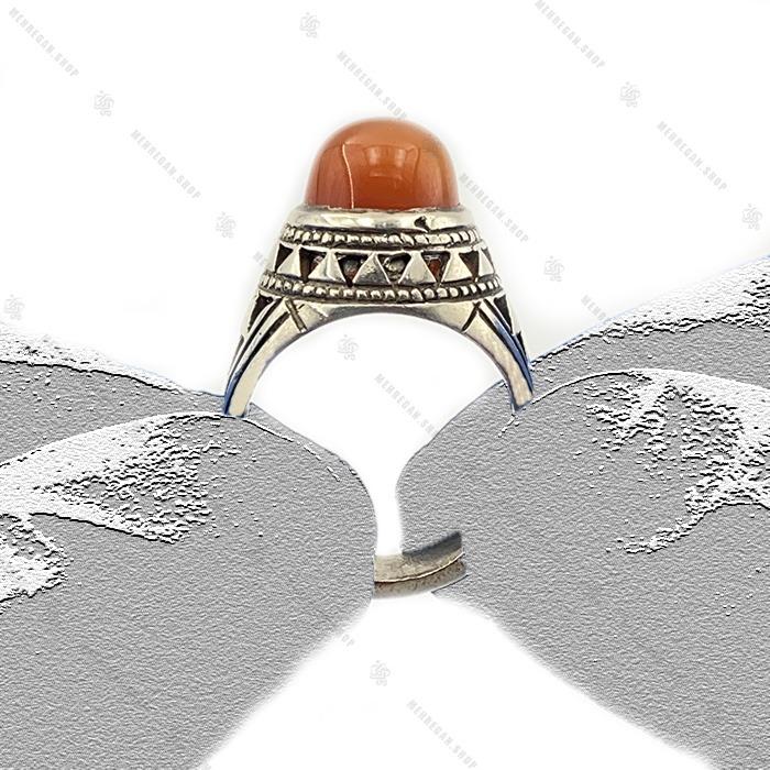 انگشتر عقیق دست ساز رکاب مثلثی
