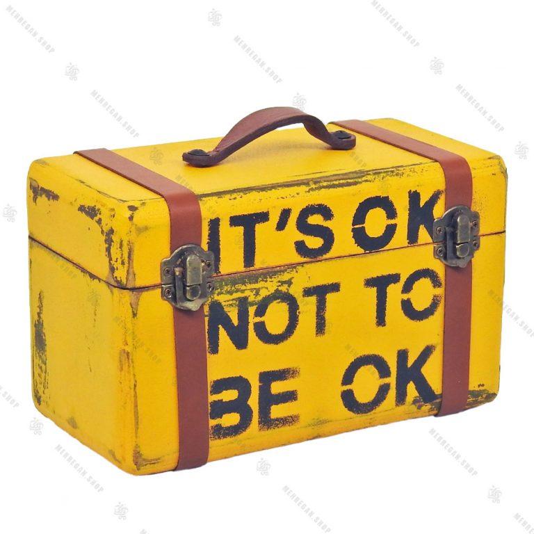 جعبه چوبی بسیار کوچک طرح چمدان زرد