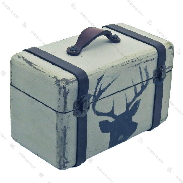 جعبه دکوری چوبی بسیار کوچک طرح چمدان سفید