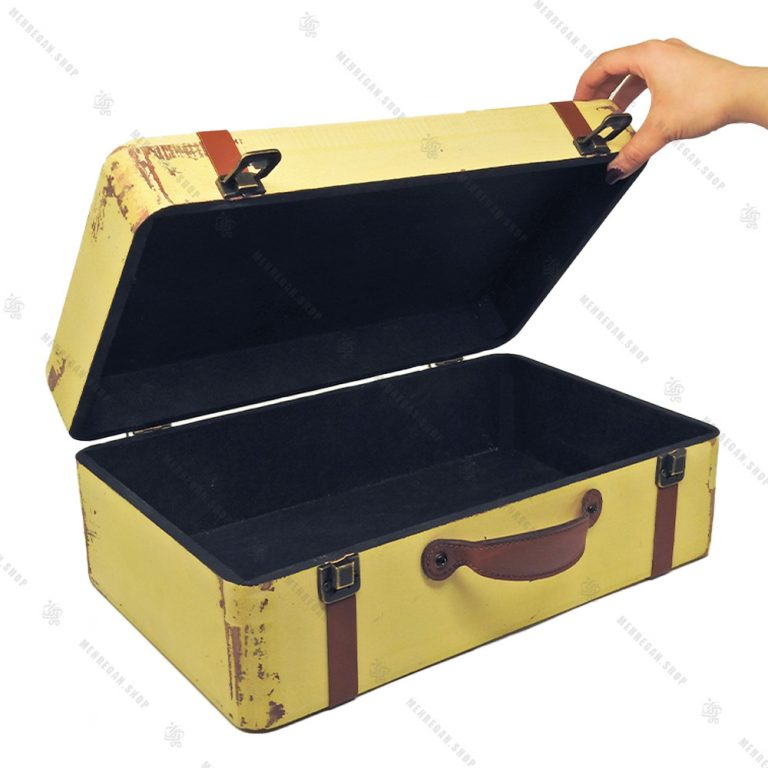 چمدان چوبی دکوری سایز متوسط کرم طرح آنتیک